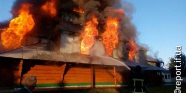 На Прикарпатті згоріла 200-літня церква. ФОТО