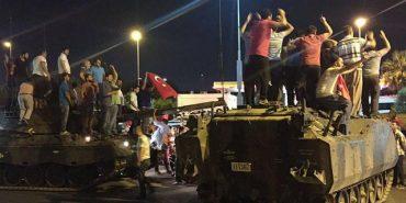 Під час спроби перевороту у Туреччині 161 особа загинула, 1440 поранені