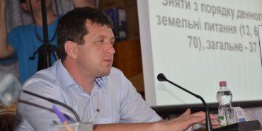 Депутати надали дозвіл секретарю Коломийської міськради на будівництво багатоповерхівки на землі, яку привласнив у пенсіонерки