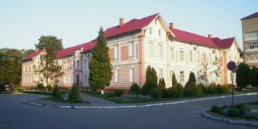 Дитяча лікарня у Коломиї одна з перших в Україні розробила порядок доступу у реанімацію. ІНФОГРАФІКА