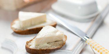 На Прикарпатті почали більше випускати плавленого сиру та менше маргарину і цукерок. СТАТИСТИКА