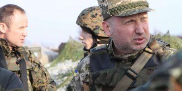 Турчинов назвав два сценарії продовження війни Росії проти України