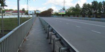 У Львові хлопець після сварки з дівчиною стрибнув з мосту і вижив