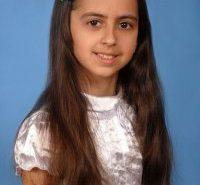 Талановитій дівчинці з Прикарпаття необхідна допомога