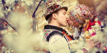 Від України до Китаю: Традиційне весільне вбрання народів світу