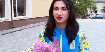 """Вероніка Івасюк з Коломиї: """"Хвилювання переповнювали, на Олімпіаді зібралися найсильніші важкоатлети планети"""""""