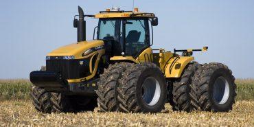 На Прикарпатті з поля вкрали трактор