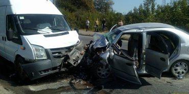 Смертельна ДТП на Прикарпатті: таксист і його пасажирка загинули, ще двоє потерпілих у важкому стані