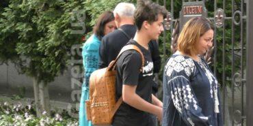 Син Порошенка прийшов до школи з рюкзаком за 20 тис. грн