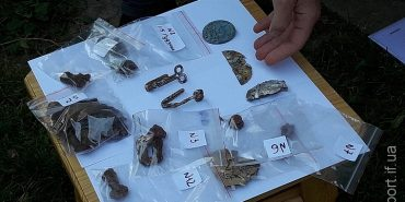 На Прикарпатті розкопали могилу німецького солдата