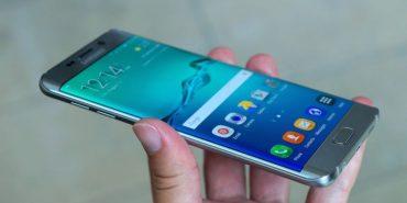 Samsung зупинив продаж нових смартфонів через загоряння