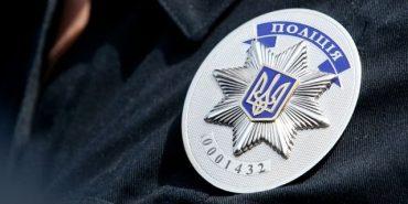 Як начальник Косівського відділу поліції втікав від журналістів. ВІДЕО