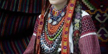 У мережі опублікували світлину давнього пістинського вбрання