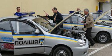 Прикарпатські поліцейські отримали нові автомобілі. ФОТО
