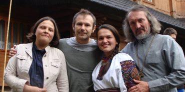 Після концерту у Франківську Вакарчук відвідав Криворівню. ФОТОФАКТ