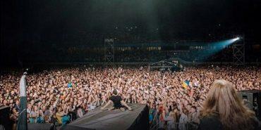 """Вакарчук про виступ у Франківську: """"Голос сів, зате душа літає!"""". ФОТО+ВІДЕО"""