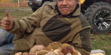 Киянин за короткий час зібрав у Верховині 8 кілограмів білих грибів. ФОТО
