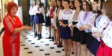 У Коломиї вже вшосте розпочала свою роботу Школа шляхетних українок. ВІДЕО