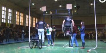 """У Львові провели """"Ігри героїв"""" для ветеранів АТО, які втратили кінцівки або пересуваються на інвалідних візках. ВІДЕО"""
