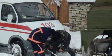 На Прикарпатті рятувальники продовжують ліквідовувати наслідки негоди