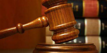 Коломийський суд задовольнив позов ВІЛ-інфікованого прикарпатця, який хоче відібрати доньку у тещі