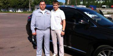 24-річний прокурор записав на бабусю Porsche Cayenne