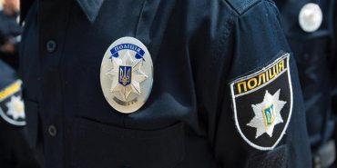 На Прикарпатті на п'яного екс-прокурора, який справляв нужду в ліфті, склали адмінпротоколи