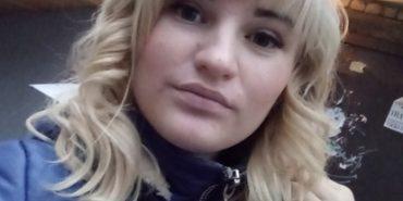 Горе-матір, яка у Києві заморила голодом своїх дітей, збирала гроші на фальшиву хворобу доньки