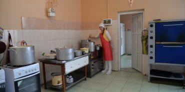 """БФ """"Покуття"""" відремонтував кухню та пральню у Коломийському геріатричному будинку. ФОТО+ВІДЕО"""