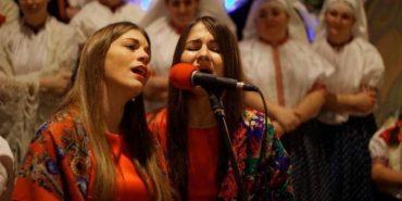 Прикарпатські вокалісти колядували президентові Польщі. ФОТО