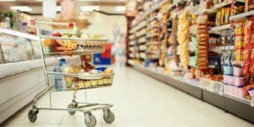 На Франківщині 26-річний чоловік набрав у магазині на 2,5 тисячі товару і намагався втекти, не заплативши