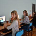 """Міжнародний благодійний фонд """"Покуття"""" завершив комп'ютеризацію всіх шкіл у Коломиї. ФОТОРЕПОРТАЖ"""