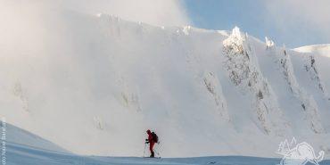 Унікальний лавинний семінар для мандрівників та шукачів пригод пройде у Карпатах