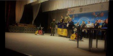 Заступник міського голови Коломиї Богдан Федорук переміг у змаганнях з пауерліфтингу. ФОТО