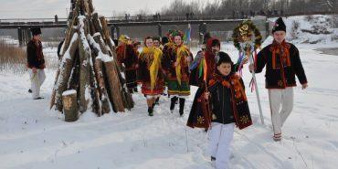 Цієї неділі на вражаючому льодовому містечку у Спасі колядуватиме вся Коломийщина. АНОНС