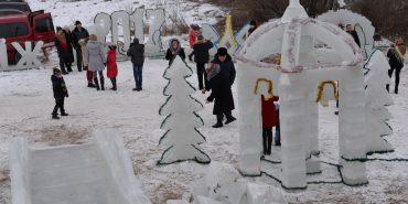 Йорданське льодове містечко у Нижньому Вербіжі створюють десятий рік поспіль. ФОТОРЕПОРТАЖ