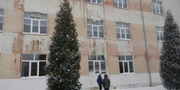 """Причиною """"потопу"""" у  школі на Прикарпатті стала труба на горищі"""