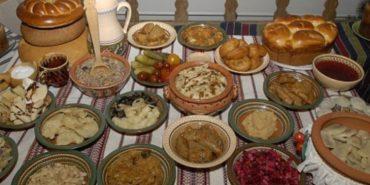 Святий вечір: традиційно потрібно подати на стіл 12 пісних різдвяних страв