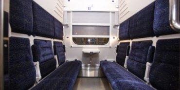 Укрзалізниця запускає до Івано-Франківська другий поїзд з новими вагонами-трансформерами