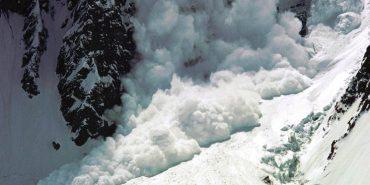 Рятувальники попереджають про сходження лавин у Карпатах