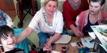 Українська благодійницька мережа шукає людей з Коломиї, які готові допомагати сиротам