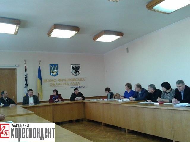 На Снятинщині військові АТО сперечаються з сільською радою | Новини Прикарпаття сьогодні