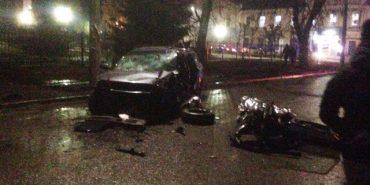 У Коломиї на кільцевій розв'язці вулиць Карпатської та Грушевського трапилася ДТП. ФОТО