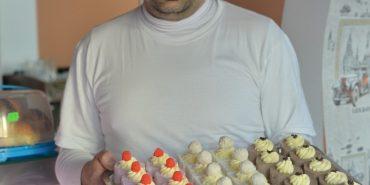 Італійський кондитер переїхав до Коломиї і відкрив своє кафе. ФОТО