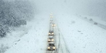 У зв'язку з негодою в Коломиї для вантажівок перекрили середмістя та дорогу Н-10