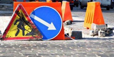 На Прикарпатті продовжать ямкові ремонти доріг