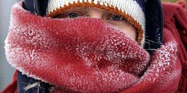 Лікарі дали рекомендації, як пережити сильні морози та ожеледицю
