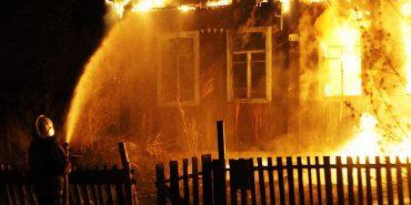 На Коломийщині спалахнули три пожежі, одна – через блискавку