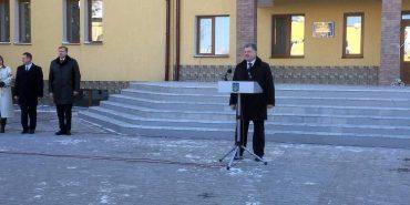 Петро Порошенко приїхав до Коломиї відкривати нову поліклініку. ФОТО