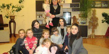 Сестра Вероніка та її велике сімейство